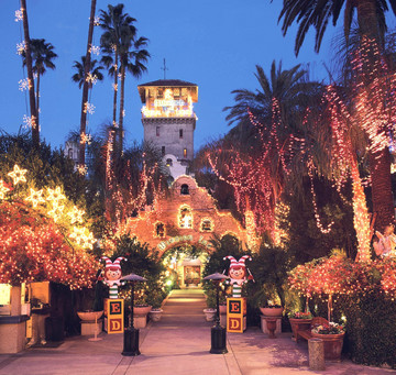 Mission Inn Festival Of Lights Riverside Ca Martini Ranch Carriages